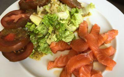 Quick salmon sushimi