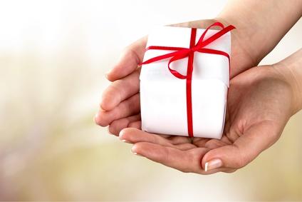 A wonderful gift for a female friend (free)